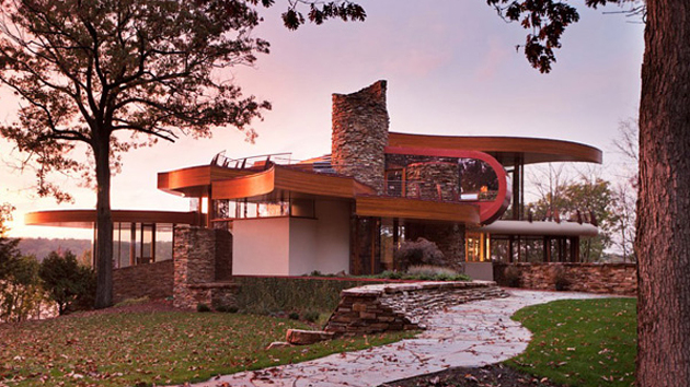 chenequa house in wisconsin