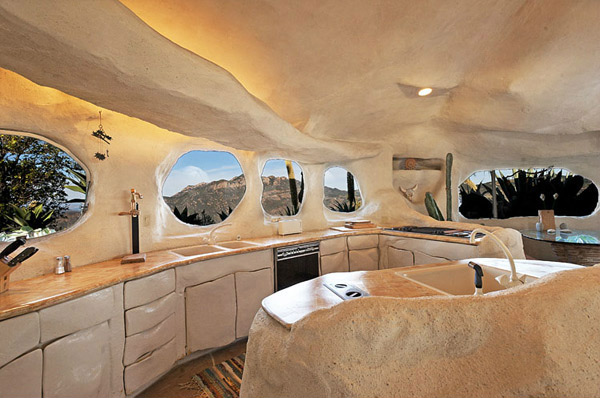 Kitchen Flintstones