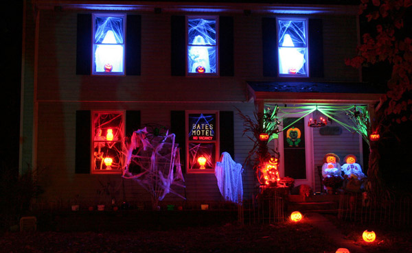 Haunted house decoration