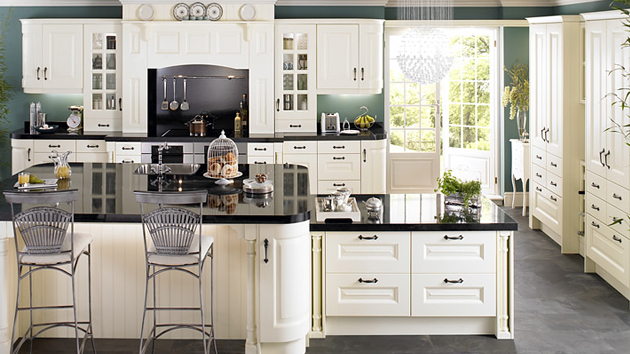 15 lovely and warm country styled kitchen ideas home for Country kitchen home plans
