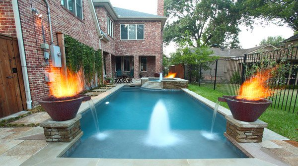 20 Geometric Pool Designs with Corners and Sleek Lines | Home Design ...