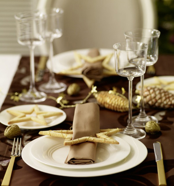 20 christmas table setting design ideas home design lover - Modern christmas table settings ideas ...