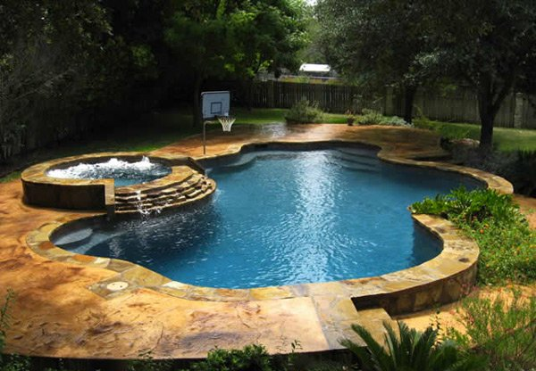 15 fabulous swimming pool with spa designs home design lover for Swimming pool design layout