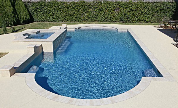 Get to know the 10 different shapes of swimming pools for Roman style pool design