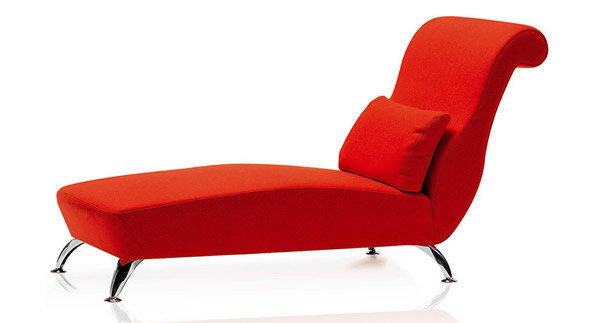 Sophisticated red longue
