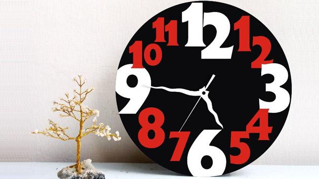 Home Wall Clock Ideas: 15 Modern Wall Clock Designs Good For Wall Decor