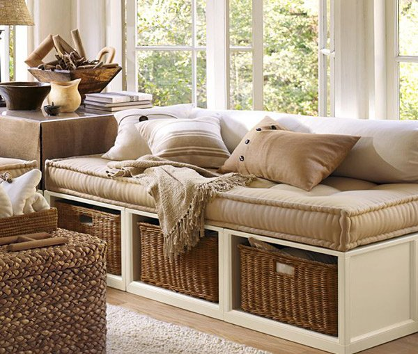 15 daybed designs perfect for seating and lounging home for Banquette sous fenetre