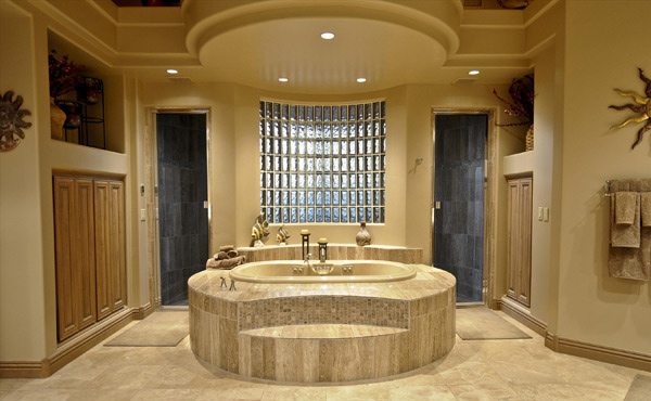Luxurious Bathtub Design
