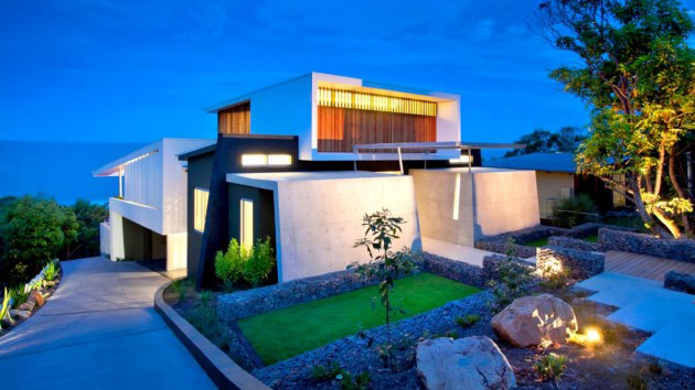The Outstanding Coolum Bays Beach House in Queensland, Australia ...