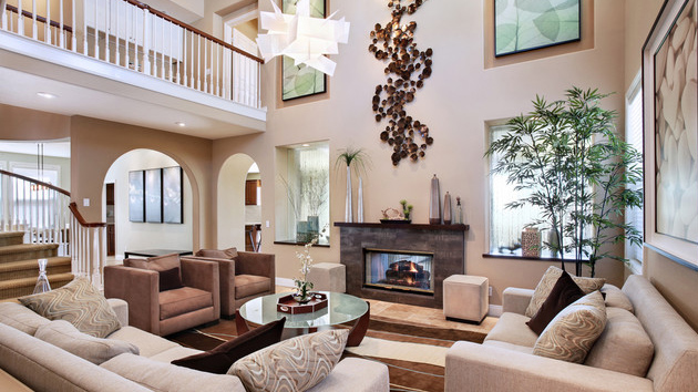 15 interiors with high ceilings home design lover for Tall ceiling decor