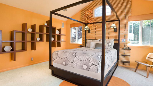 15 orange bedroom designs home design lover for What type of paint to use on bedroom walls