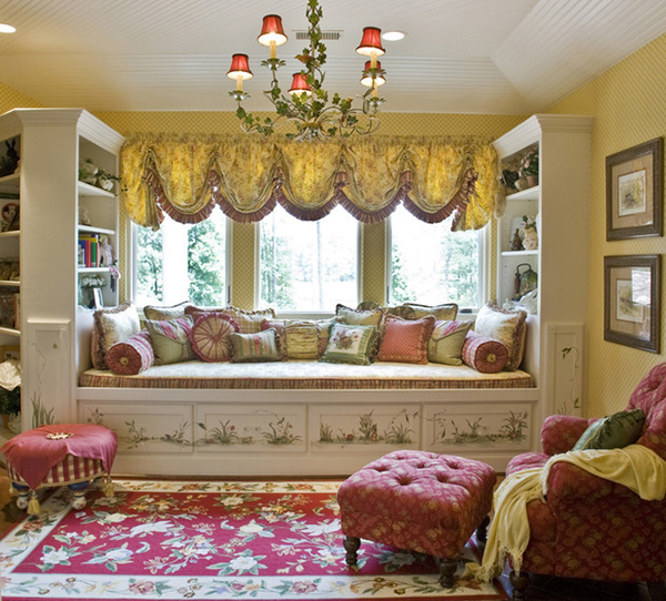 Decorating Ideas 15 Window Seats: Space-saving Window Seats In 15 Traditional Interiors