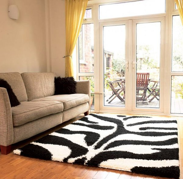 Bramble Black Cream Shaggy Rugs