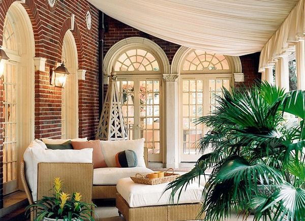 beige drapes & 15 Cozy Outdoor Spaces with Fabric Canopy | Home Design Lover