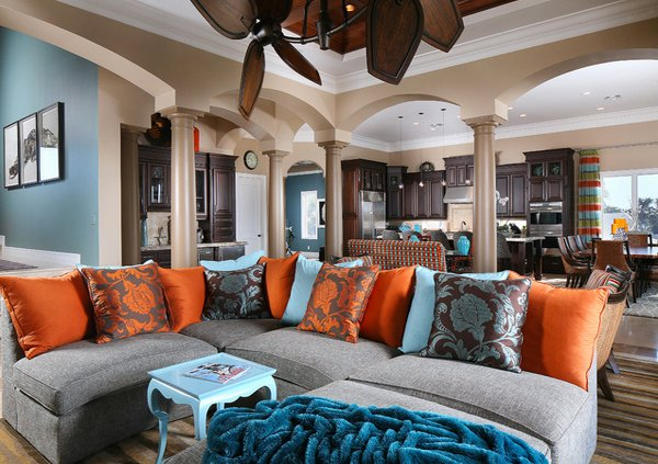 15 stunning living room designs with brown blue and orange accents home design lover. Black Bedroom Furniture Sets. Home Design Ideas