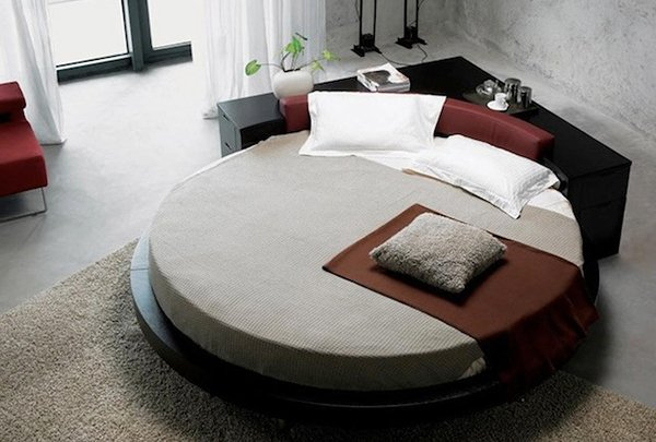 15 fashionable round platform beds home design lover. Black Bedroom Furniture Sets. Home Design Ideas