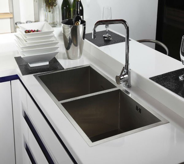 exclusive sink and cabinets in ultramodern kitchen | 15 Functional Double Basin Kitchen Sink | Home Design Lover