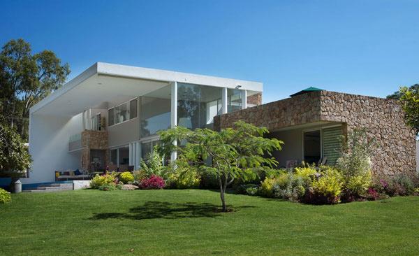 Stylish and Modern Casa