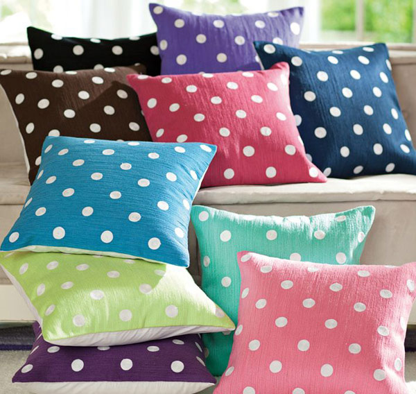 Dottie Toss Organic Pillow Cover