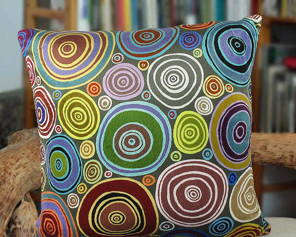 Abstract Circle Folk Art Design