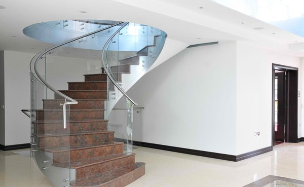 semi-curved helical staircase