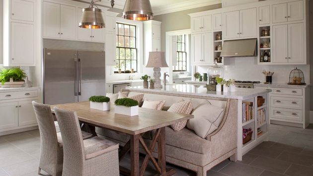 15 traditional style eat in kitchen designs home design for Small eating table