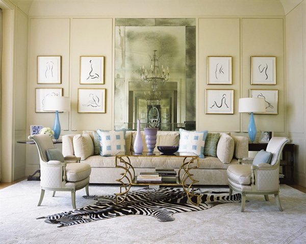 Chic Beige And Blue Living Room Design