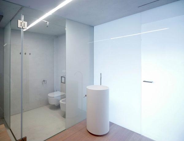 PF House Bathroom 1