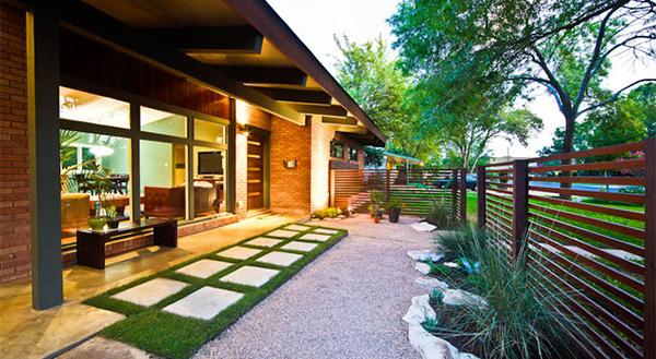 15 modern front yard landscape ideas home design lover for Modern house landscaping