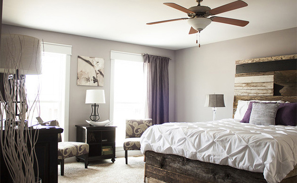15 pallet ideas for beds and headboards home design lover for Very headboards