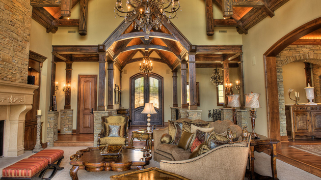 15 stunning tuscan living room designs home design lover for Tuscan style homes interior