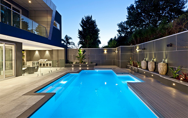 15 Modern Inground Pools To Love on Modern Concrete Homes With Courtyard