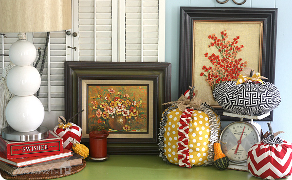 Fall Halloween Vignette