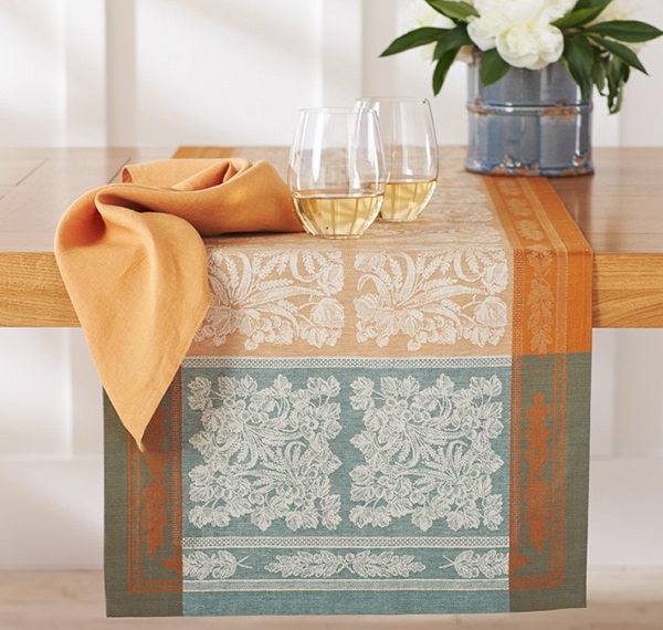 Autumn Wheat Jacquard Table Runner