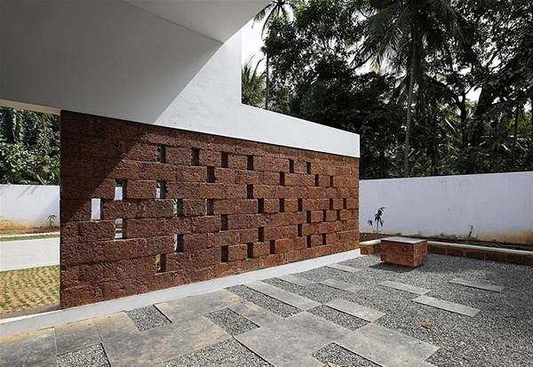 Intimidating Running Wall Residence In India Home Design