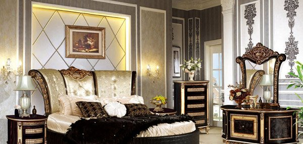 Antique Bedroom Decorations