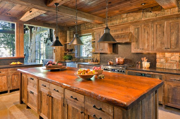 15 Perfectly Distressed Wood Kitchen Designs | Home Design Lover