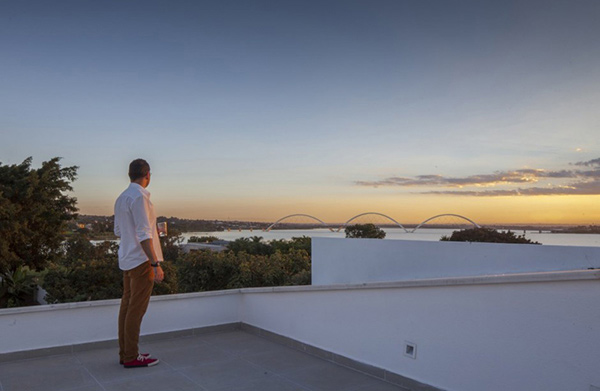 Linhares Dias House Roof