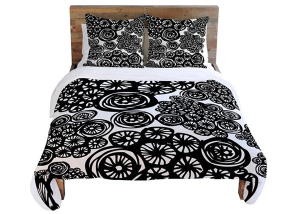 black Bedding Sets