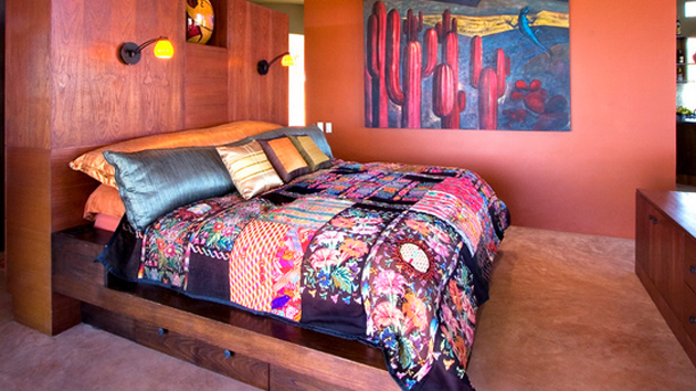 15 fun bohemian style bedroom designs home design lover for Bohemian style bedroom furniture