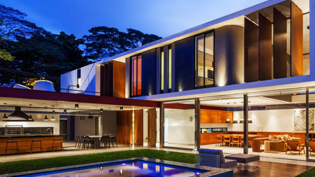 Rectangular prisms of the planalto house in brazil home for Design for the home