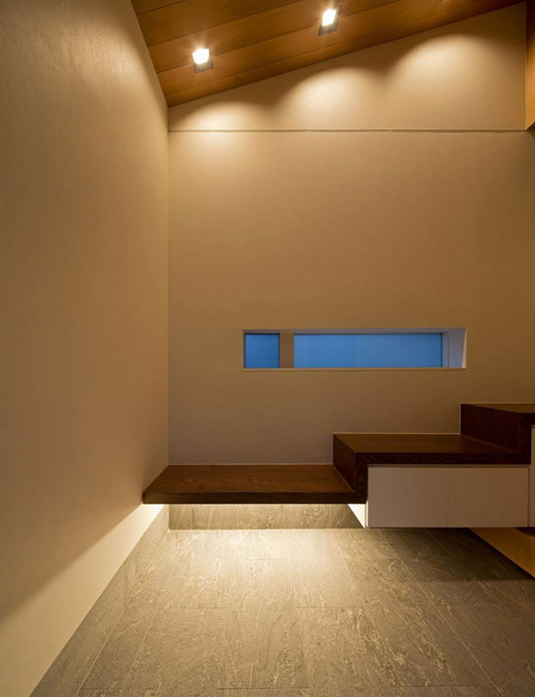 Contemporary Minimalist House Of Corridor In Japan Home