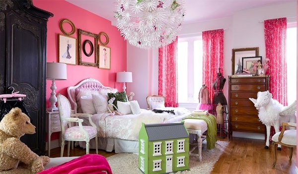 Girl's Pink Bedroom