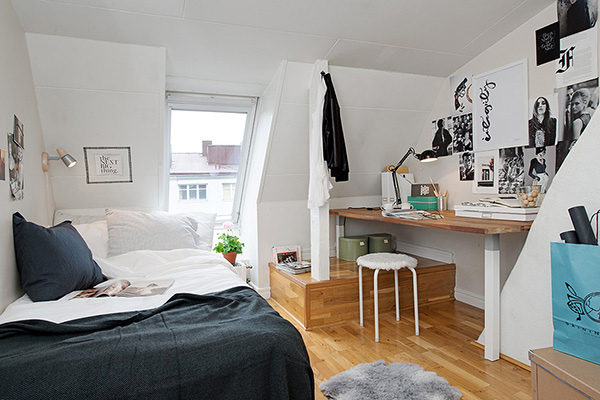 Tiny Home Designs: 15 Attic Rooms Converted Into Simple Yet Elegant Bedrooms