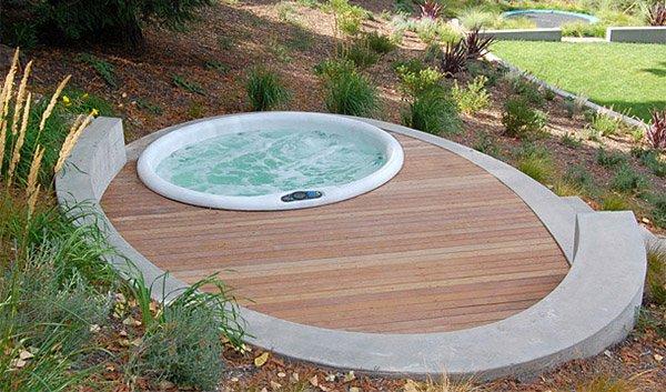 circular hot tubs