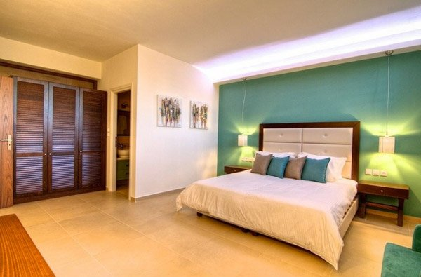 accent wall ideas 15 beautiful brown and teal bedrooms home design lover 31129
