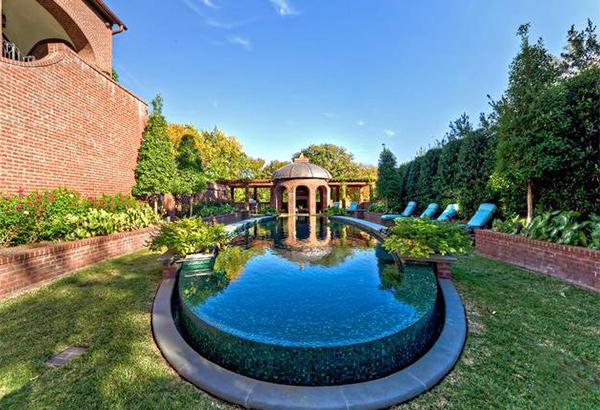 raised pool