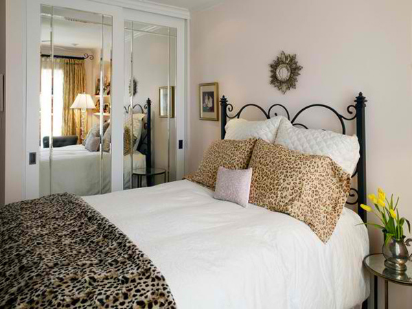 15 Lovely Bedrooms With Leopard Accents Home Design Lover