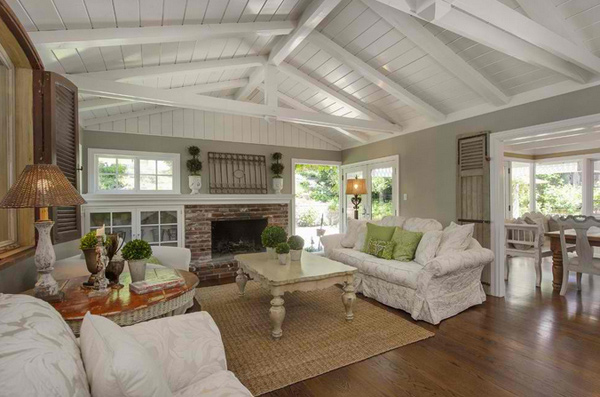 15 Homey Country Cottage Decorating Ideas for Living Rooms | Home ...