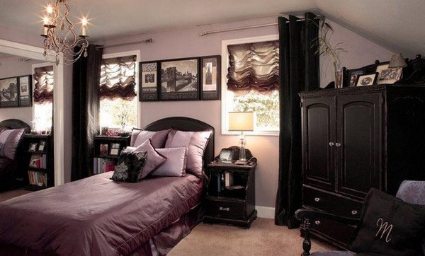 15 Gorgeous Gothic Bedroom Ideas | Home Design Lover